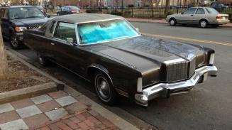 Giant 1970s car